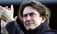 مدرب برينتفورد يجدد عقده مع النادي