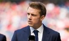 وارنوك: غريليش سيكون لاعبًا صغيرًا في مانشستر يونايتد