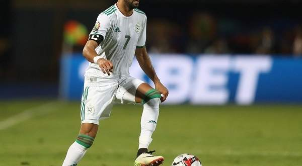 بعد هدف محرز القاتل..مساعد منتخب الجزائر يتصرف بحكمة