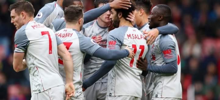 مشجع ليفربول يعكر مزاج معسكر المانيو بطريقته المجنونة