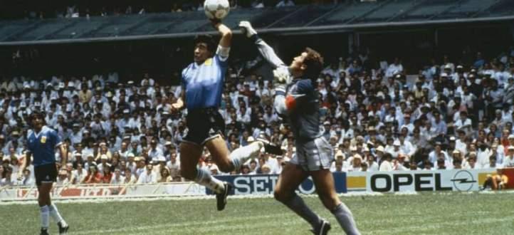 خاص : أخطاء تحكيمية اعتبرت الاسوأ في تاريخ كرة القدم