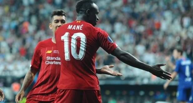 احتفالات لاعبو ليفربول بلقب كاس السوبر الاوروبي