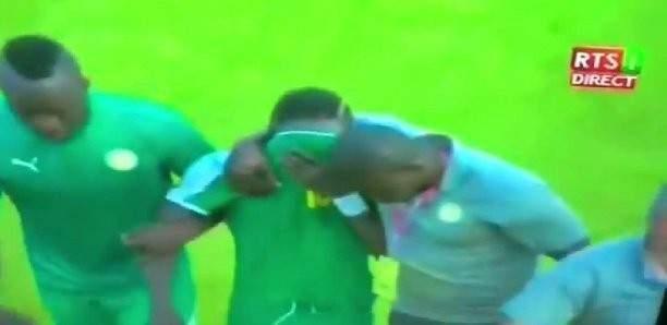 الدموع تغلب ساديو ماني رغم فوز السنغال