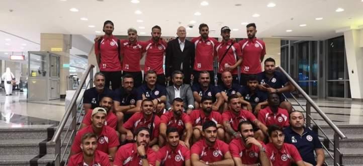 فيديو: جمهور النجمة يستقبل اللاعبين في المطار بعد العودة من مصر