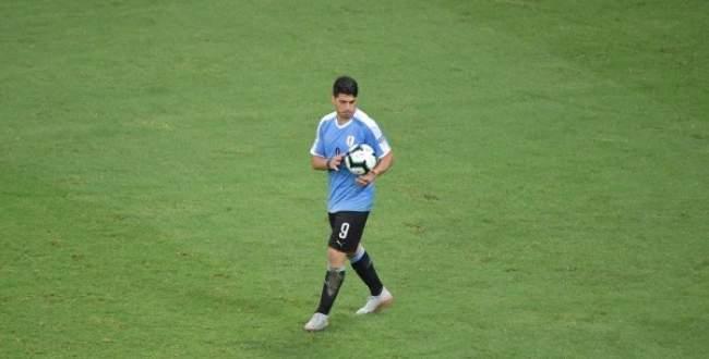 ابرز لقطات مباراة البيرو والاورغواي
