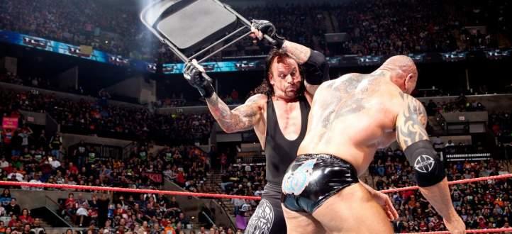 اتحاد المصارعة يستذكر مباراة اندرتايكر وباتيستا مع اقتراب عرض TLC