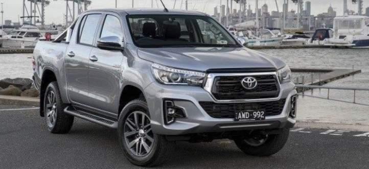 تويوتا تزيح الستار عن النموذج الجديد من سيارات Hilux