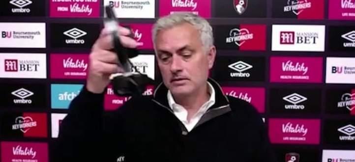 مورينيو ينفجر غضباً خلال المؤتمر الصحفي