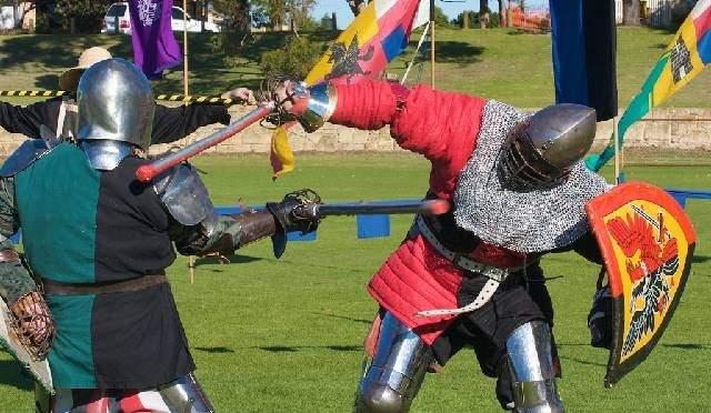 شاهد فرسان من العصور الوسطى يتنافسون في ساو باولو