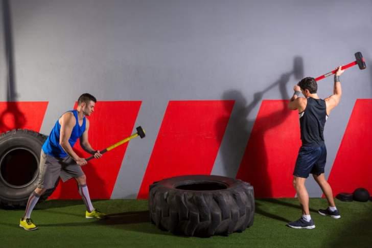 ما هي الامور التي تسبب الضرر  للعضلات