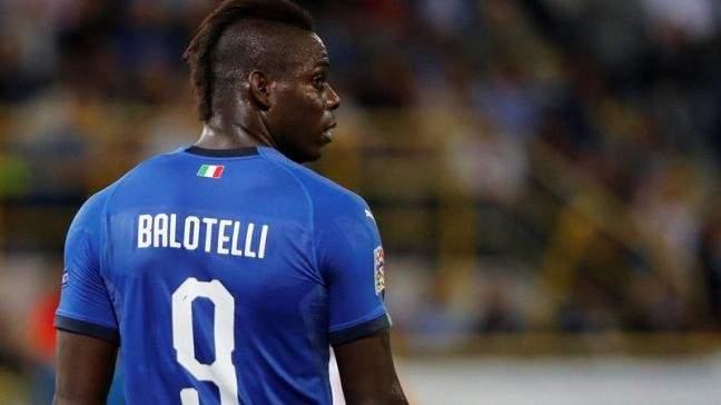 بالوتيلي خارج تشكيلة المنتخب الايطالي