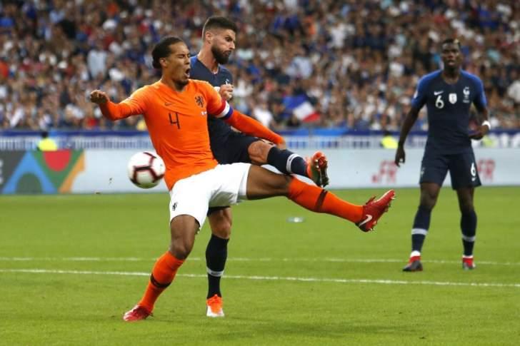 """فان ديك """"سئم"""" من الخسارة مع هولندا"""