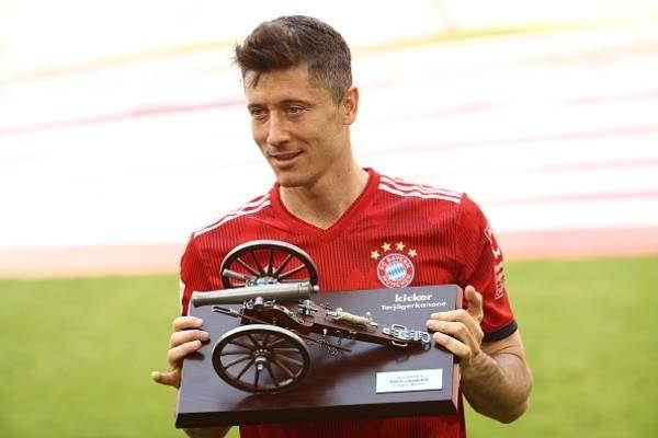 ليفاندوفسكي : سعيد للفوز بجائزة الهدافين مرة اخرى