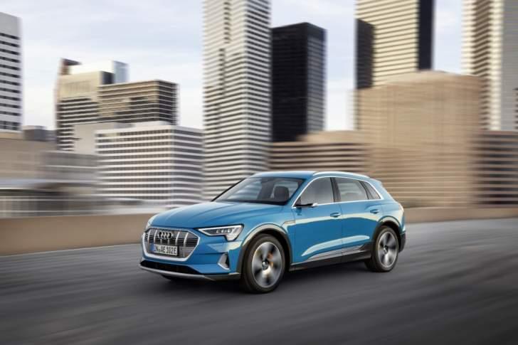 متعة قيادة السيارات الكهربائية: سيارة Audi e-tron