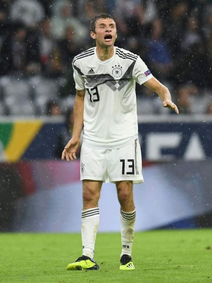 مولر وهوميلز تمنيا لو حققا الفوز على فرنسا