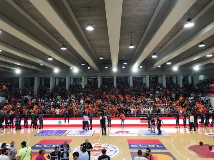 الهومنتمن بطل لبنان لكرة السلة بعد فوزه على الرياضي 74 - 59