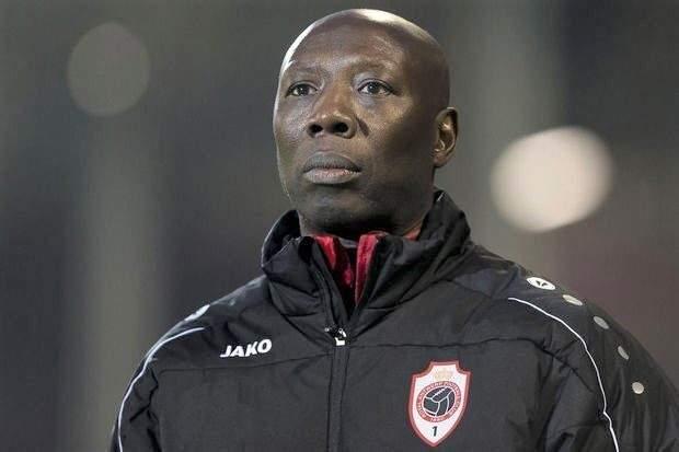 البلجيكي سيدو ديمبا يخلف الكنزاري في تدريب فريق احد