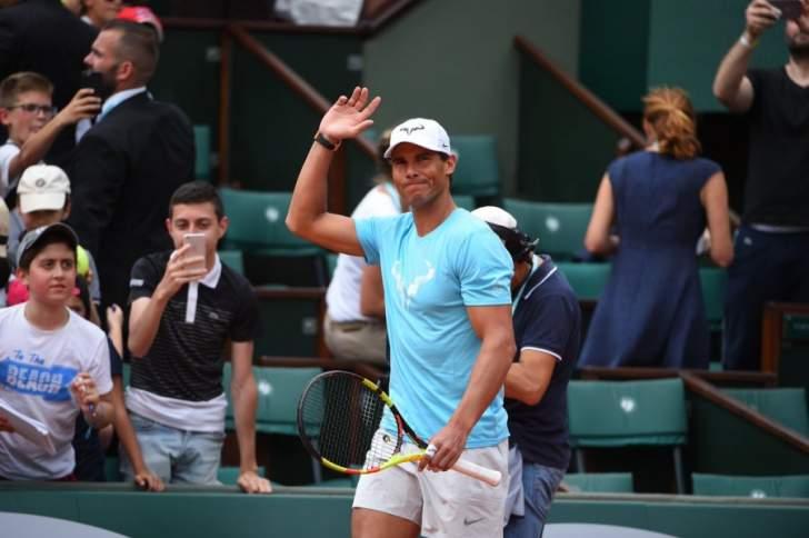 الفارق ضئيل بين نادال والوصيف في التصنيف العالمي للاعبي التنس المحترفين