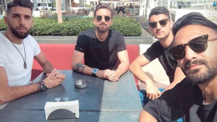 عمر بوغيل مع زملائه في المنتخب اللبناني