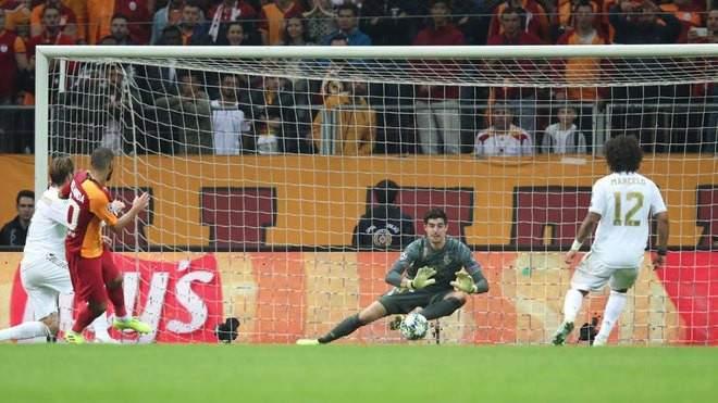 كورتوا يلعب دورا مهما في فوز ريال مدريد على غلطة سراي