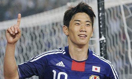 كاغاوا وشوارزر مرشحان لنيل جائزة افضل لاعب دولي في آسيا