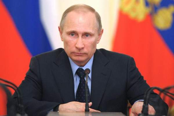 الرئيس الروسي سيحضر المباراة الإفتتاحية لكأس القارات