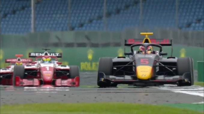 فورمولا 3: لاوسن يحسم السباق الاول في بريطانيا
