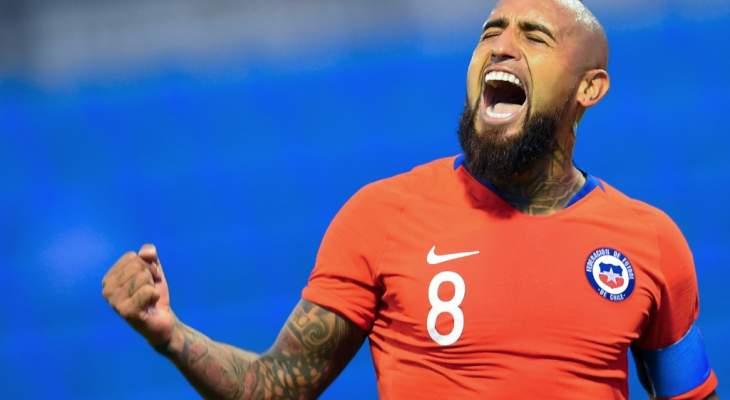 """نجوم كرة القدم يطالبون السلطات التشيلية بـ """"الاستماع الى الشعب"""""""