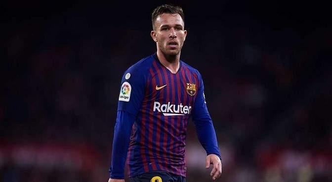 آرثر ميلو غاضب جداً من برشلونة ومدربه