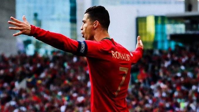 رئيس ليون: رونالدو افضل من ميسي