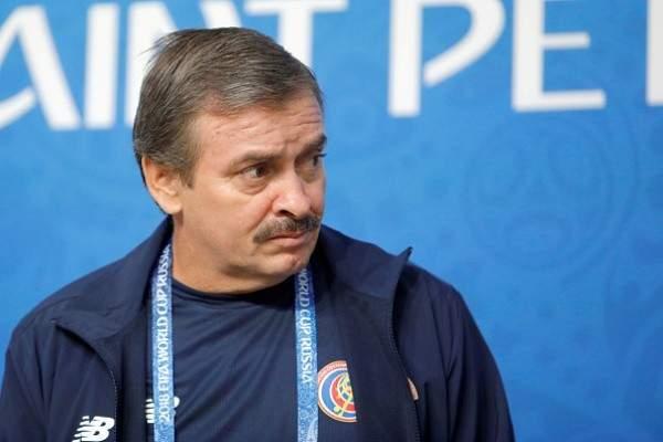 مدرب كوستاريكا : لعبنا مباراة جيدة ولم نكن نستحق التعادل
