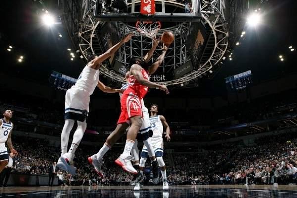 NBA: تورنتو يحافظ على الصدارة والروكتس يلاحق الواريرز