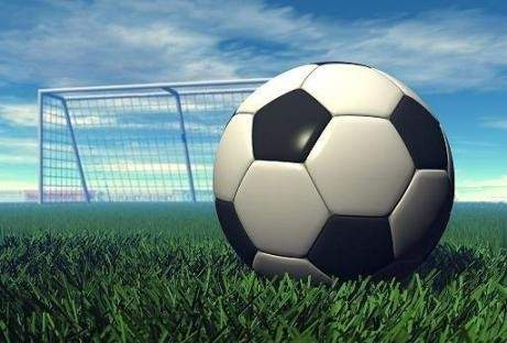 خاص : ثلاث مباريات هامة في أبرز الدوريات العربية يومي الجمعة والسبت لا ينصح بتفويتها أبدا