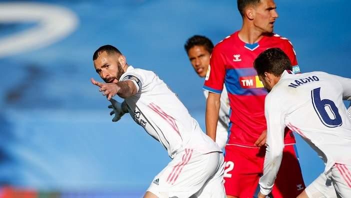 الليغا: ثنائية بنزيما تقود ريال مدريد لتخطي عقبة التشي وخطف وصافة الترتيب