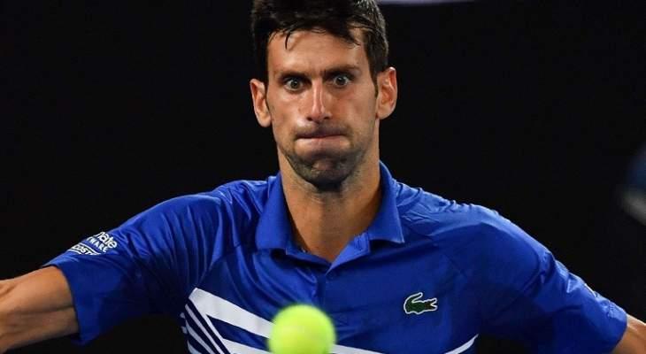 نجم التنس الصربي يتوعد منتقدي ديوكوفيتش: سيكون رده قاسياً