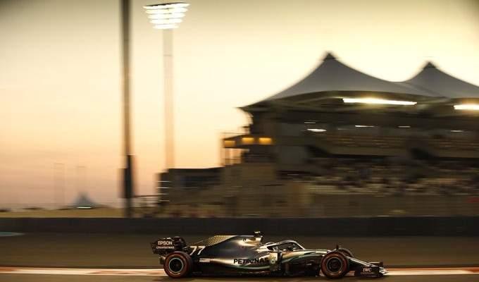 هاميلتون يحسم التجارب الرسمية الاخيرة لهذا الموسم في ابو ظبي