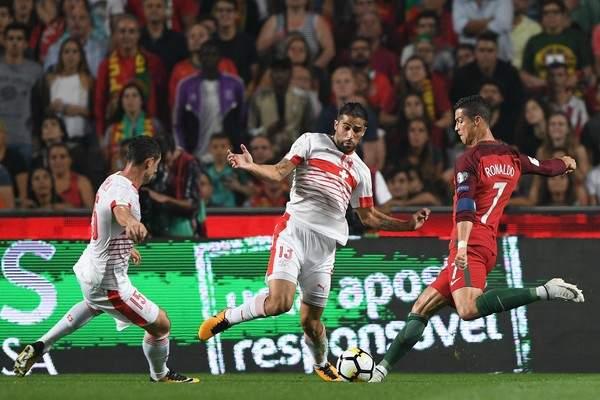 سويسرا تتفوق على البرتغال تاريخيًا