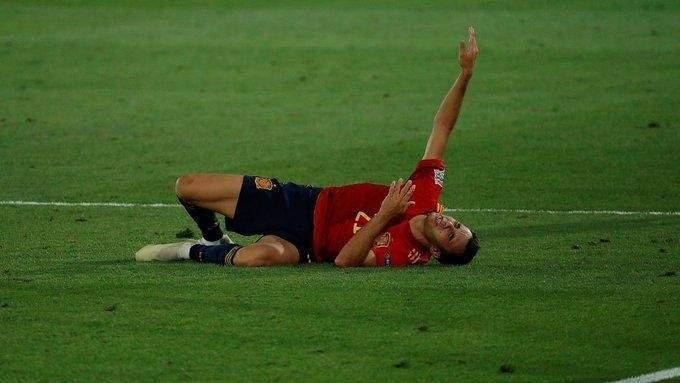لاعب ريال مدريد يخرج من حسابات إشبيلية ويفضّل مانشستر يونايتد