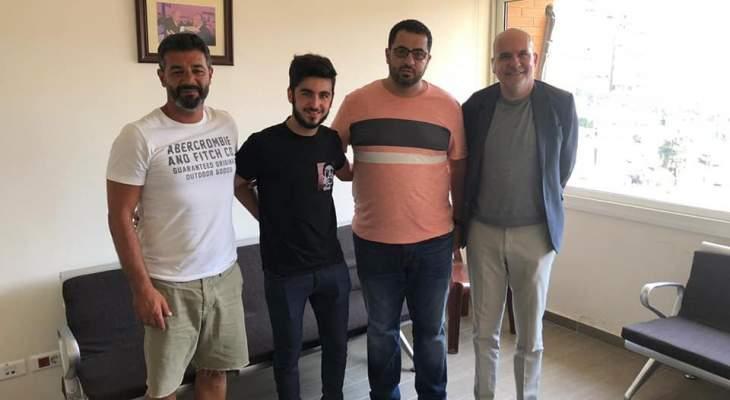 رسمياً: شباب الساحل يجدد عقد صانع العابه