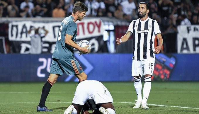 تصفيات دوري الابطال: اياكس يعود من اليونان بالتعادل وفوز كاراباخ