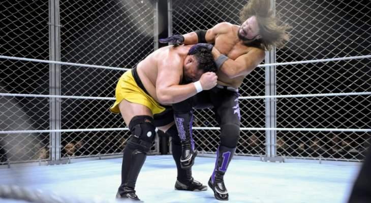 ستايلز يجدد تفوقه على ساموا جو داخل قفص حديدي