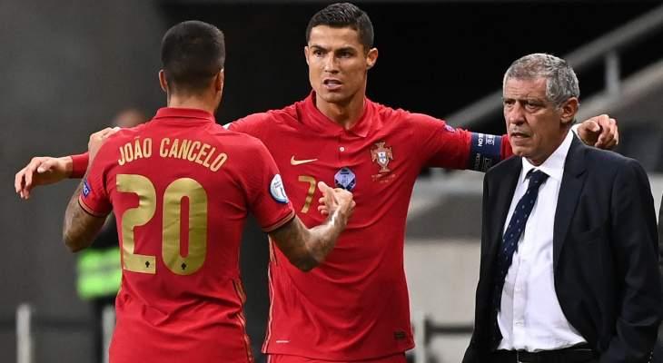 سانتوس: البطاقة الحمراء كانت أساسية في فوزنا على السويد