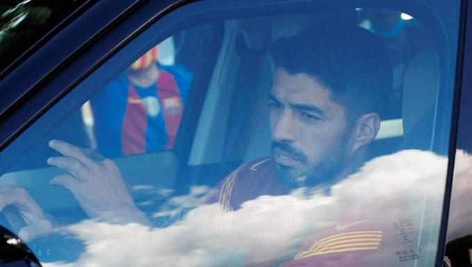 حل جديد من برشلونة لـ سواريز
