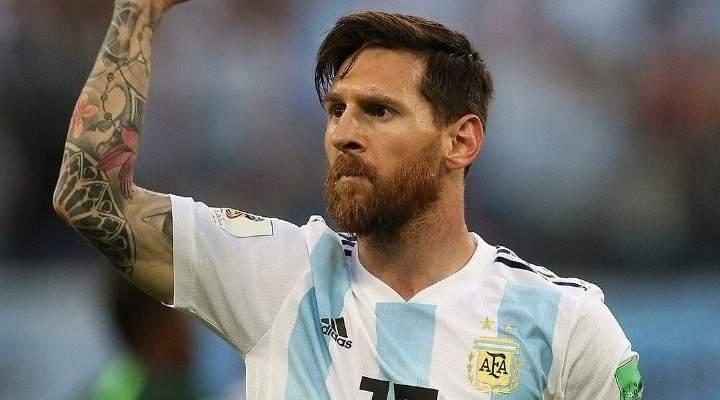 صورة تلخص اعتماد الأرجنتين على ميسي فقط