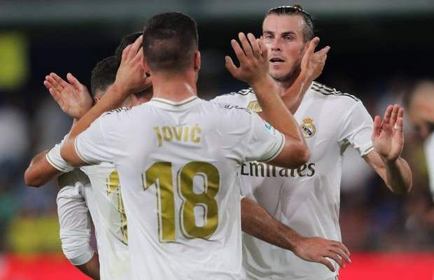 ريال مدريد يصدم باريس سان جيرمان ويتمسك بمهاجمه