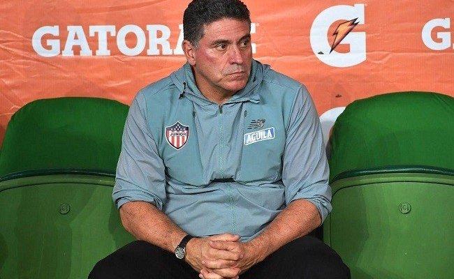 لويس فرناندو مدرباً للمنتخب الكوستاريكي