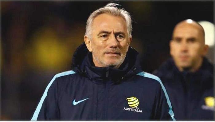 مدرب استراليا سعيد بتطور اداء لاعبيه امام كولومبيا