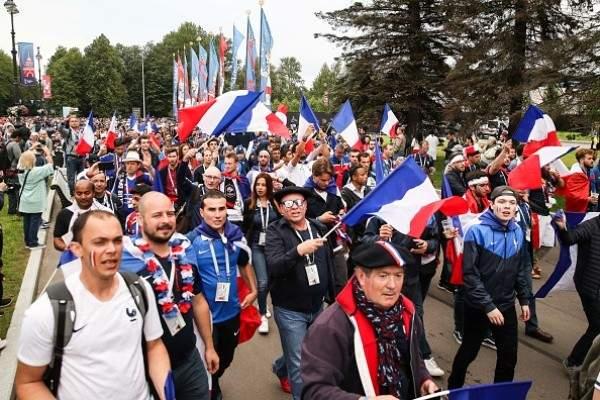 موجز المساء: حقبة رونالدو تنتهي رسمياً مع الريال وقمة نارية بين فرنسا وبلجيكا في نصف نهائي المونديال