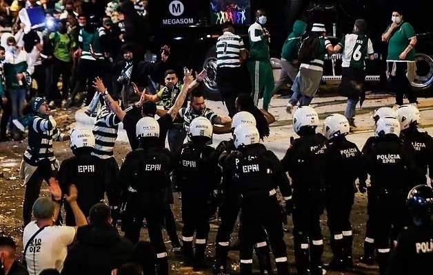 إحتفالات جماهير لشبونة تستنفر الحكومة والبرلمان في البرتغال