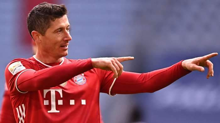 ليفاندوفسكي يعلّق على إمكانية انتقاله إلى الدوري الإيطالي